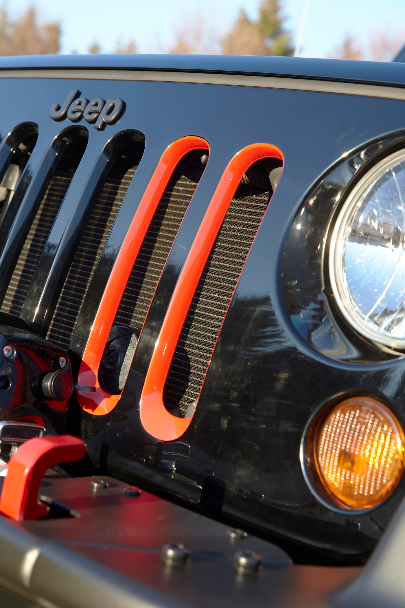 Jeep Wrangler Level Red Concept grille details