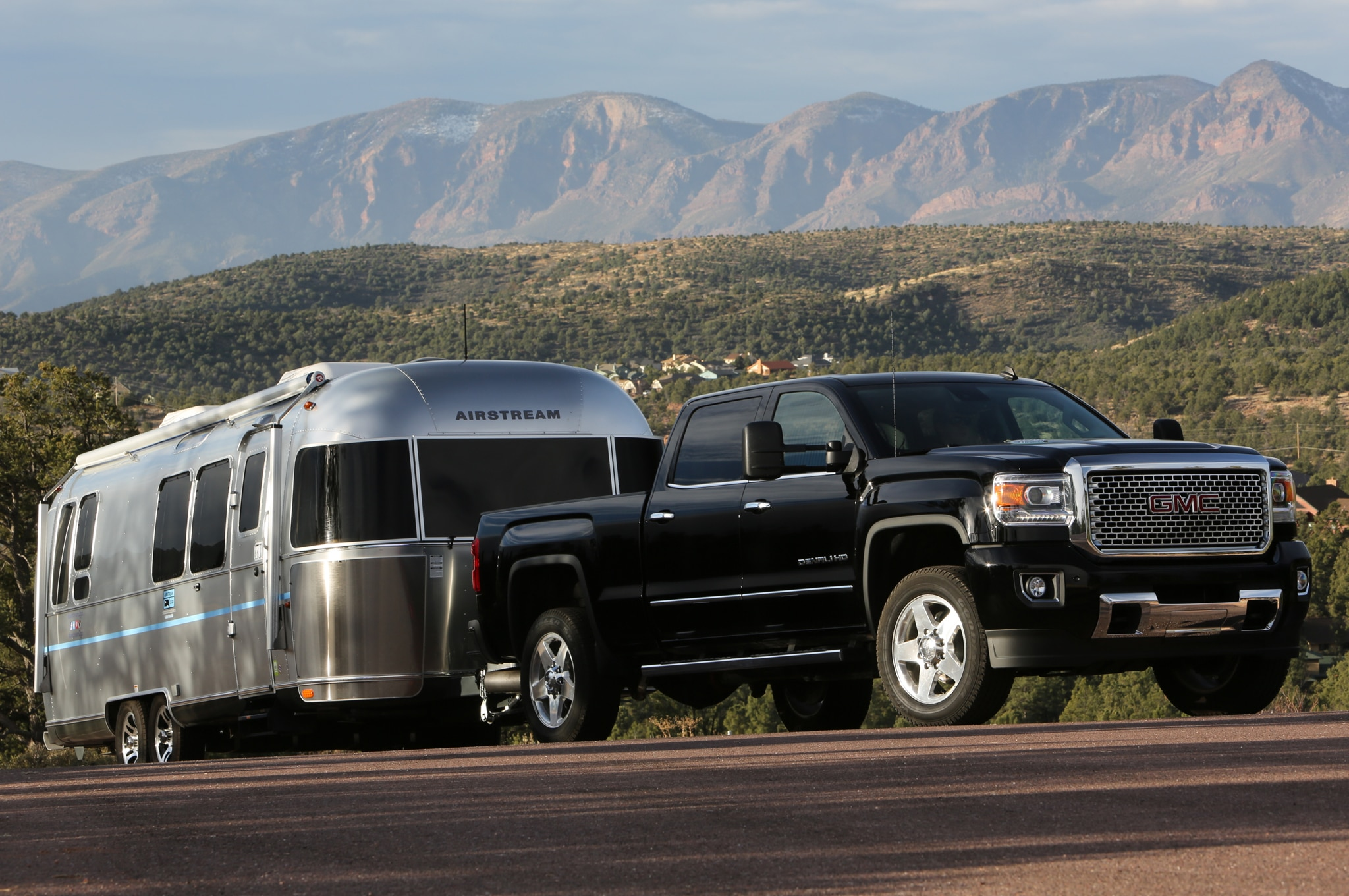 2015 GMC Sierra 2500HD Denali front view with airstream