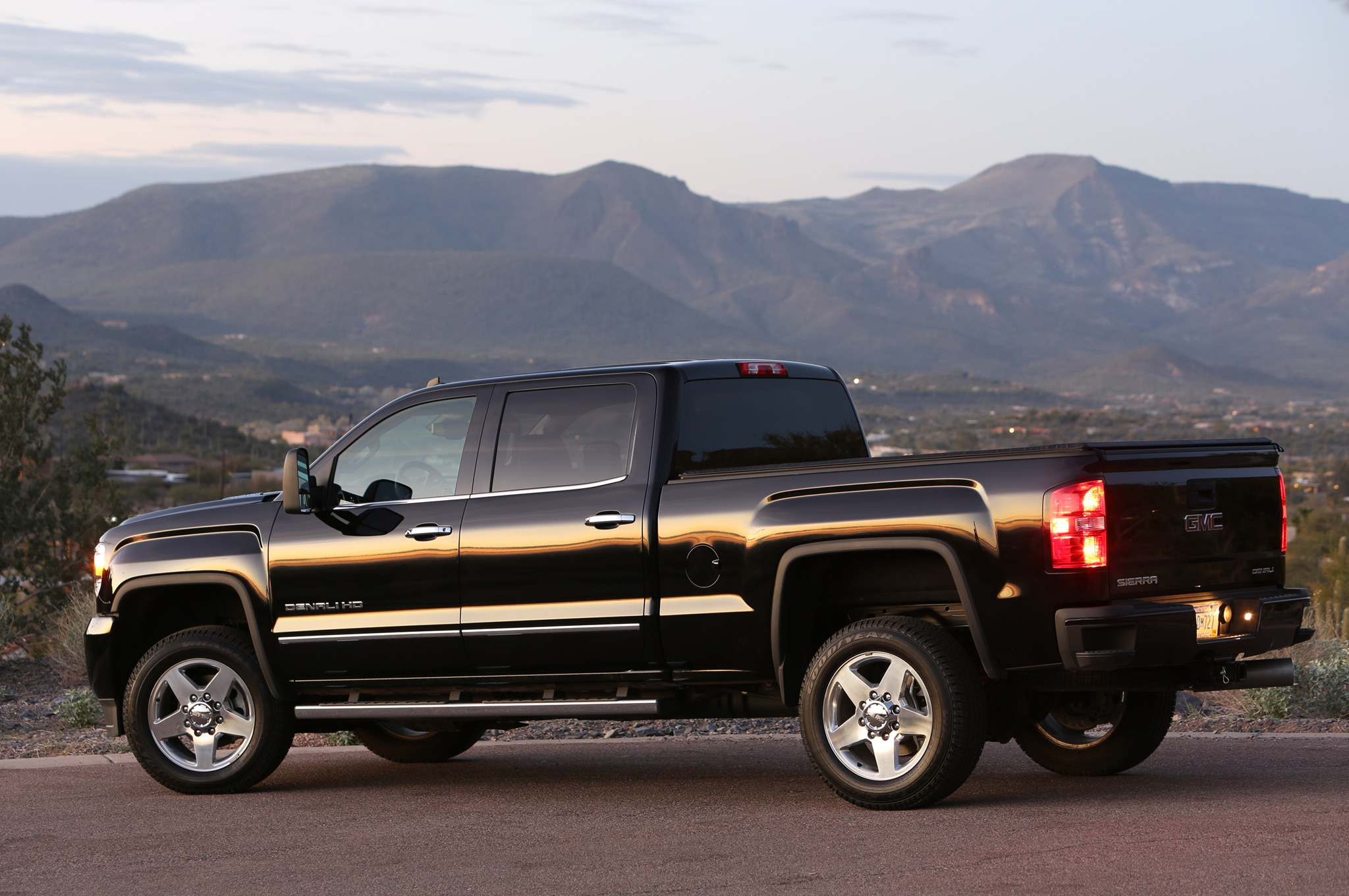 2015 GMC Sierra 2500HD Denali rear view