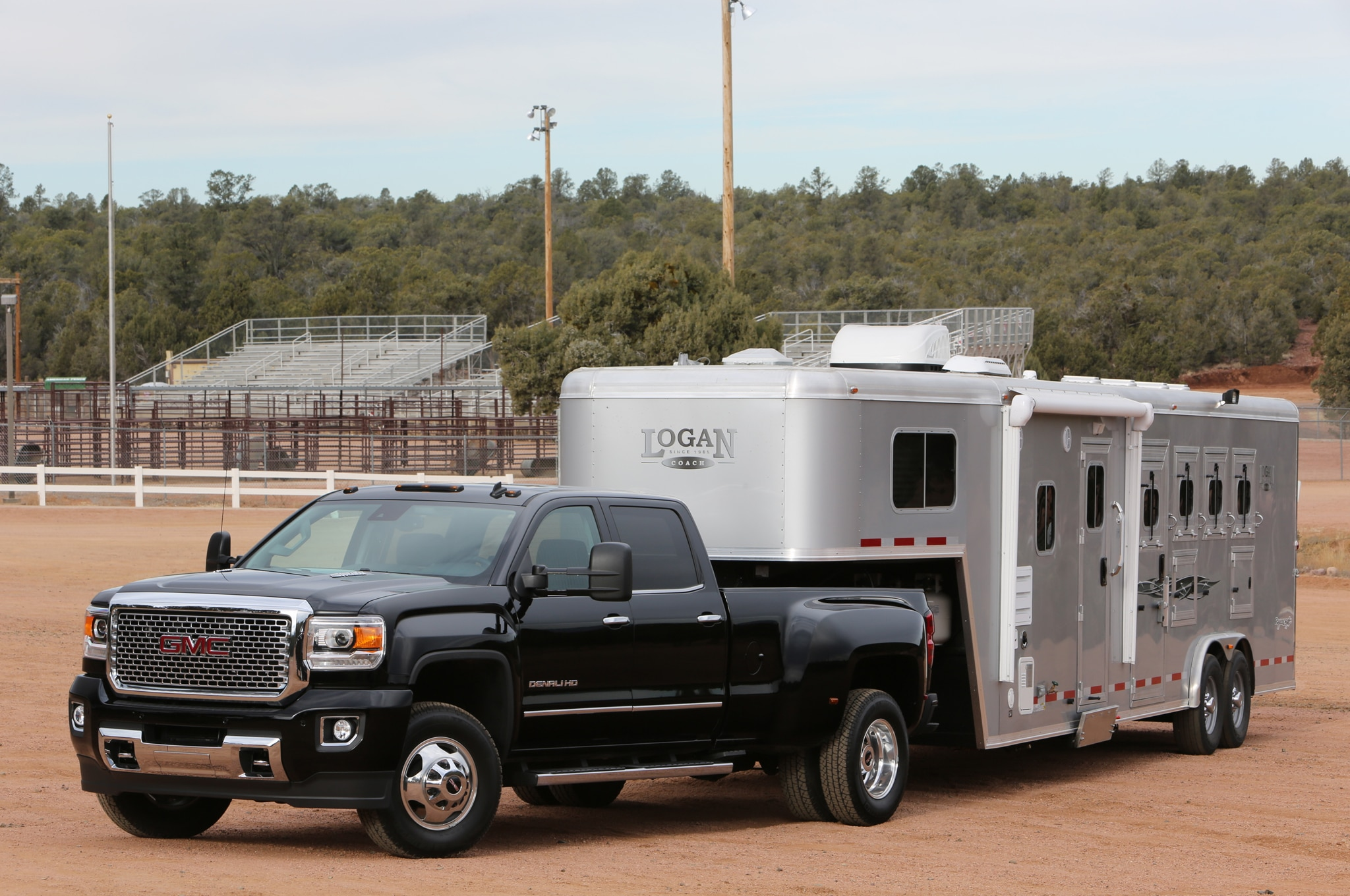 2015 GMC Sierra 3500HD Denali with horse trailer