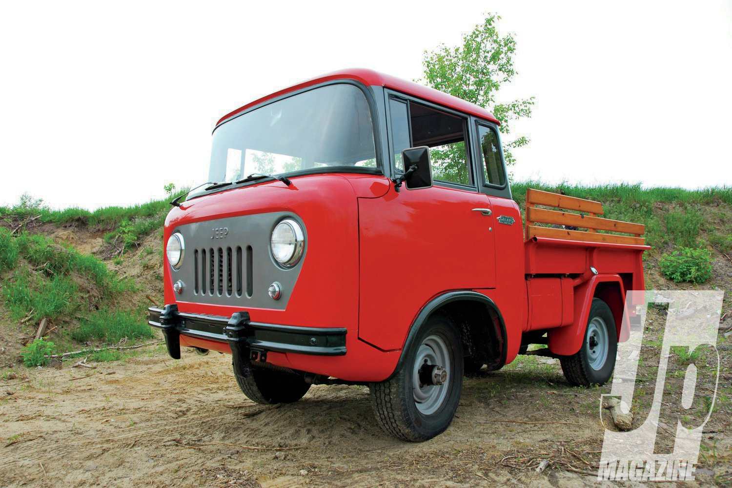 1957 Jeep FC 150 front three quarter