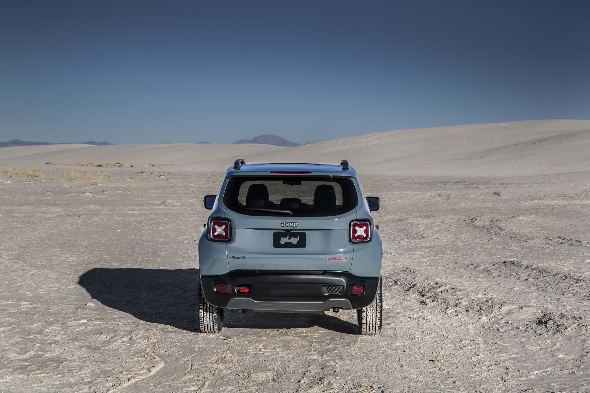 2015 Jeep Renegade Trailhawk rear end