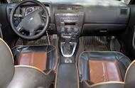 2006 Hummer H3 interior