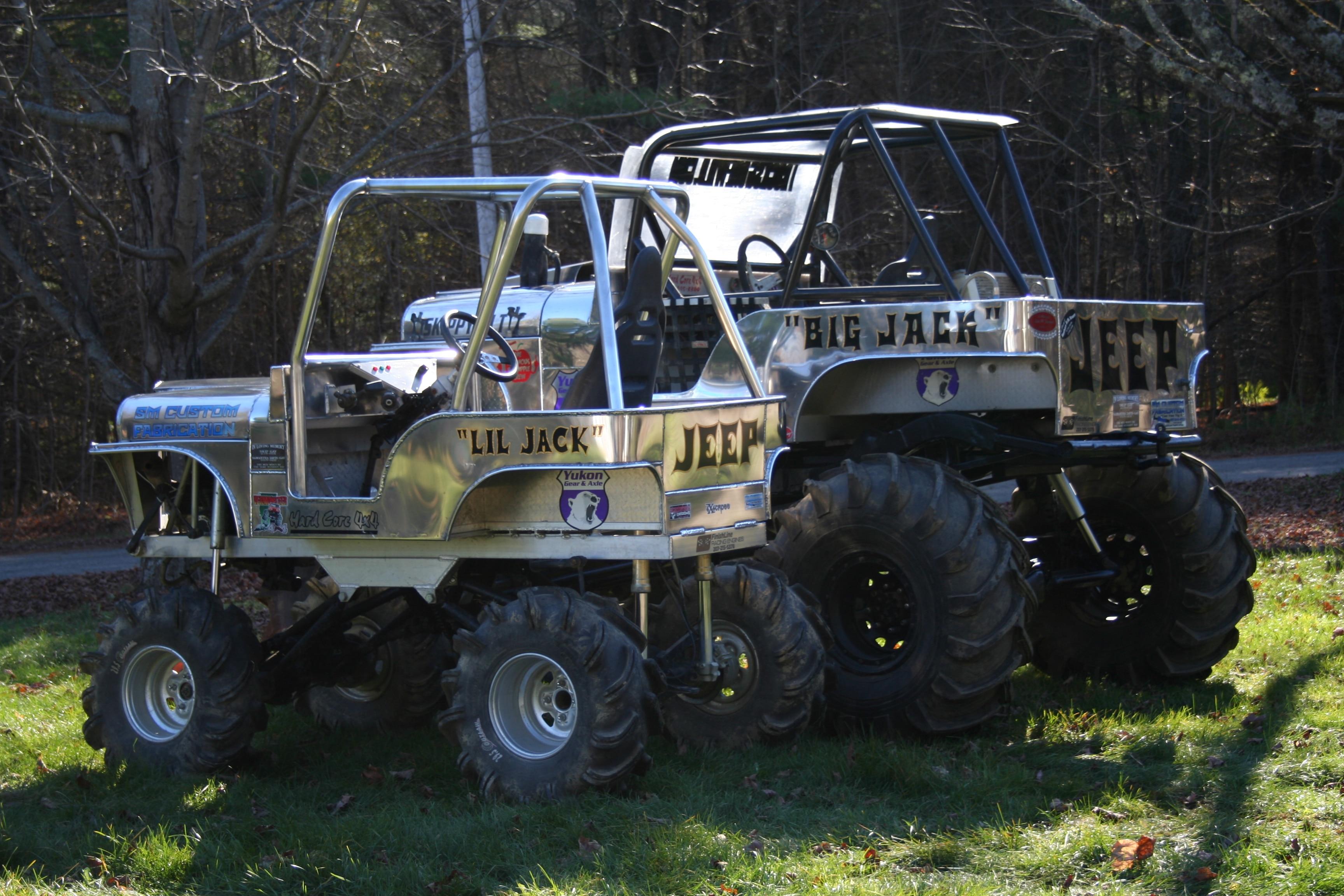 custom willys mud rig big jack and lil jack.JPG