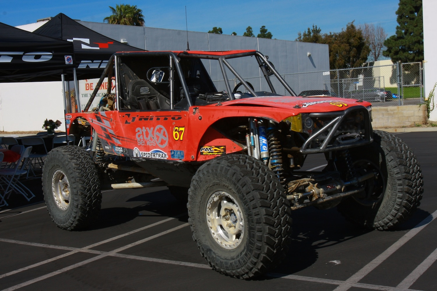 Loren Healy King of The Hammers 2014 Ultra4 Winner 01 front three quarter.JPG
