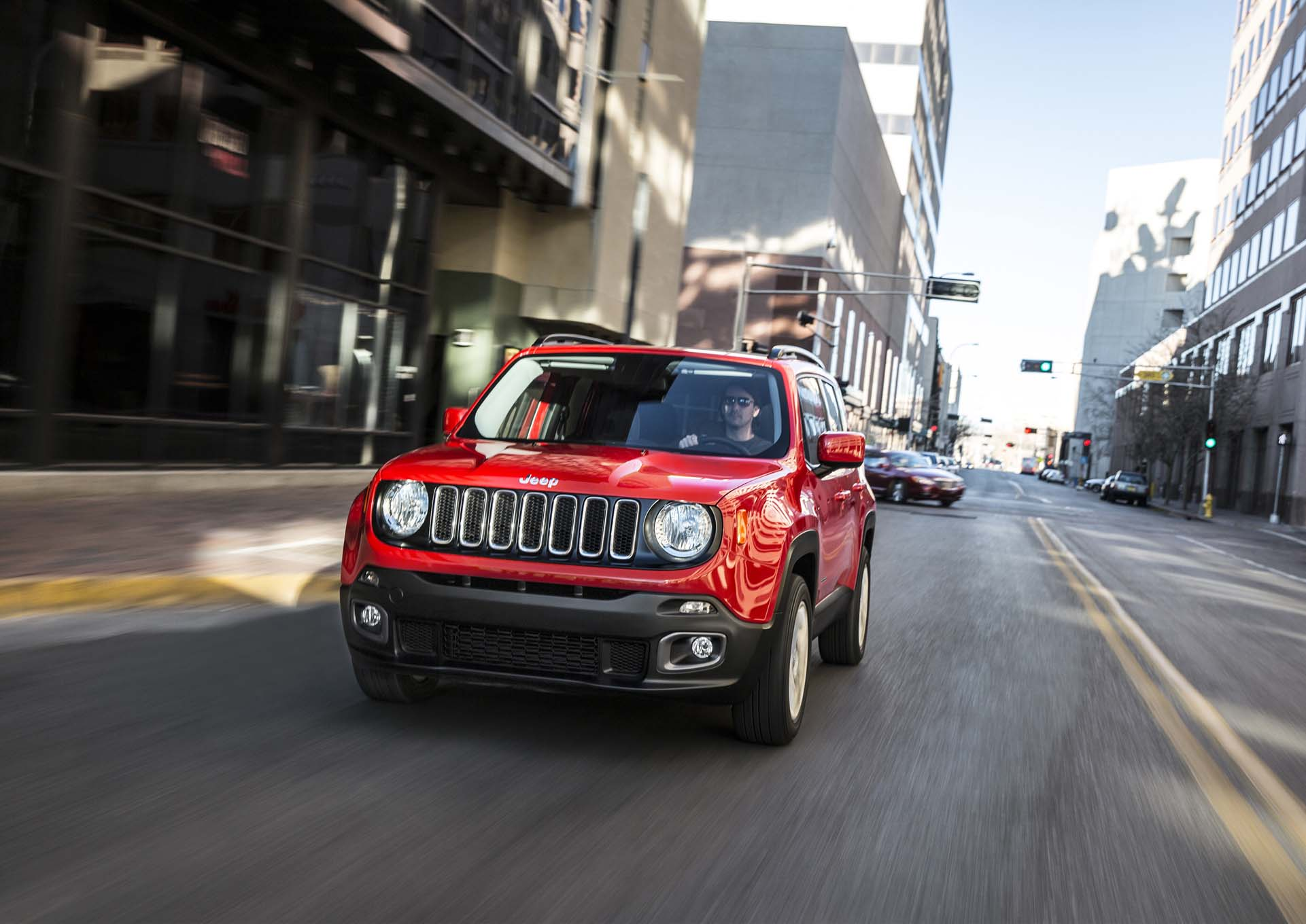 2015 Jeep Renegade Latitude front end in motion