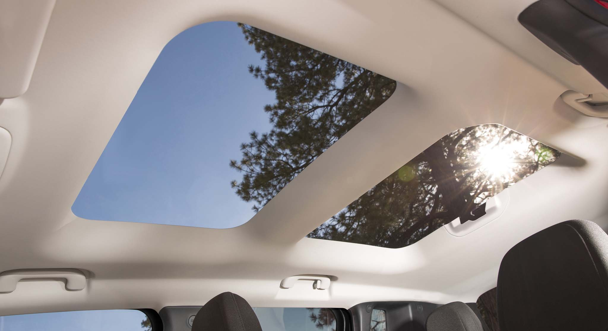 2015 Jeep Renegade sunroof moonroof