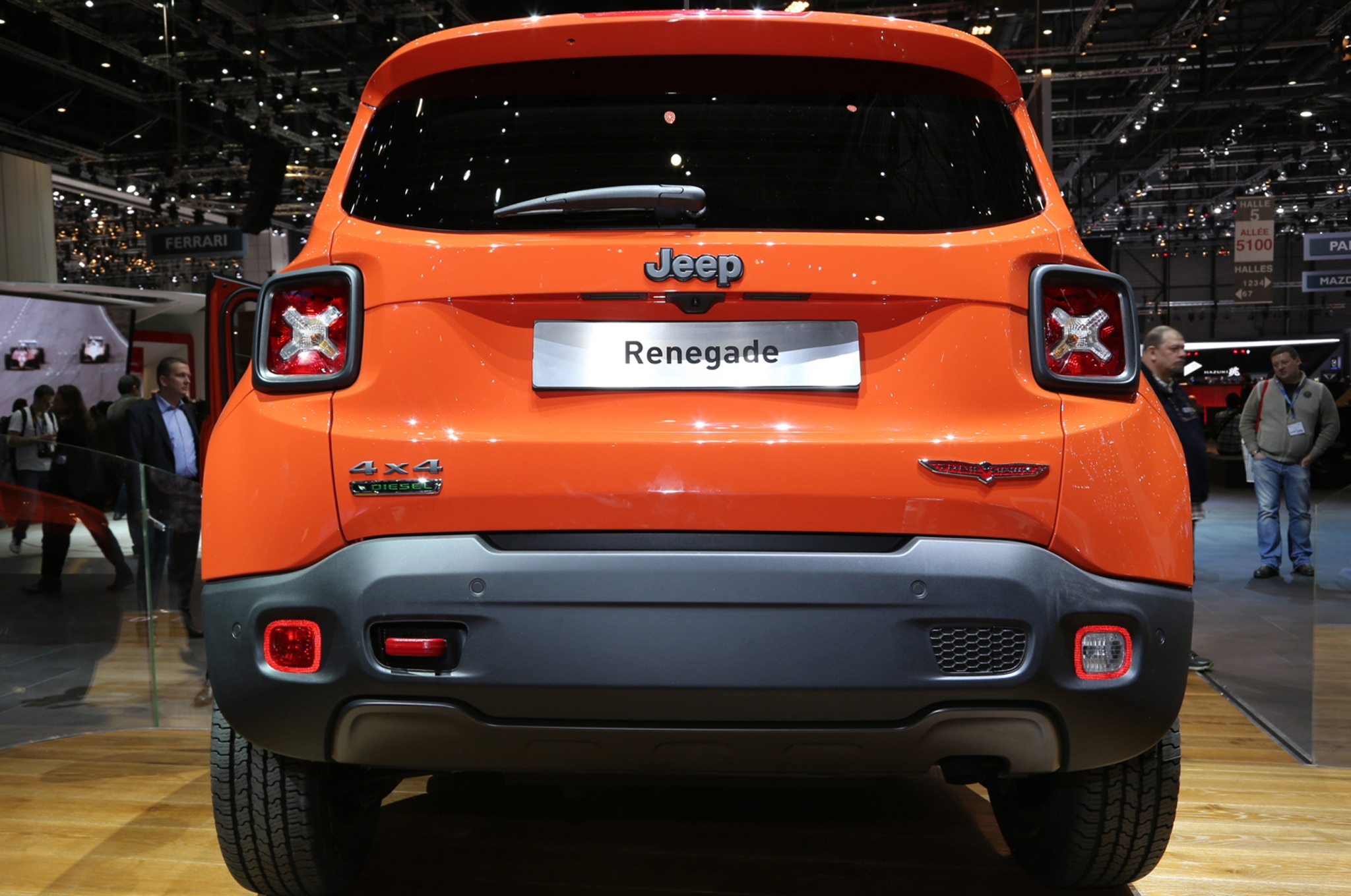 2015 Jeep Renegade Trailhawk show floor rear view