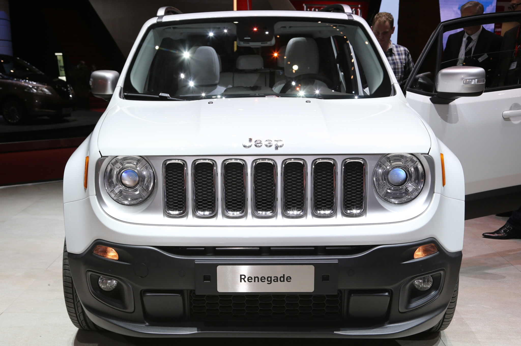 2015 Jeep Renegade Limited front view