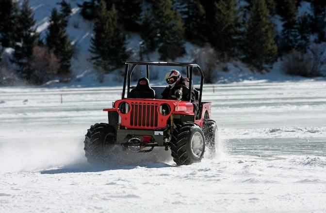 Jeep Ice Racing - Cold Colorado fun