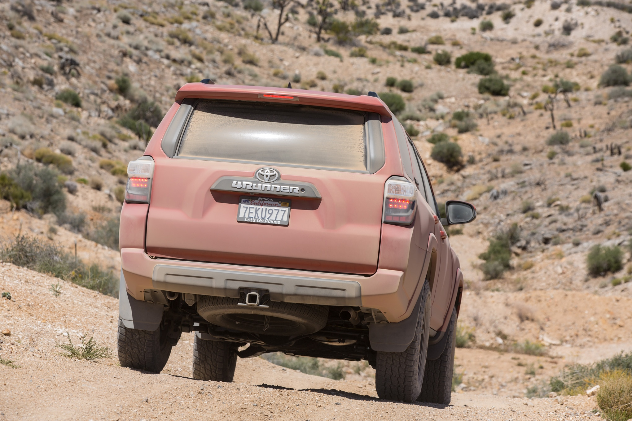 2015 Toyota 4Runner TRD Pro rear end in motion