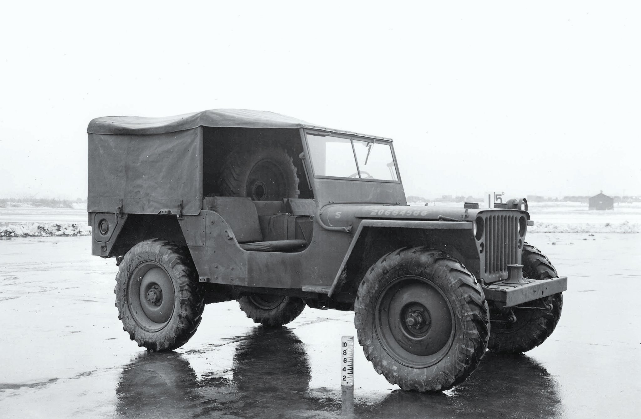 The MLW-2 as fit with 7.50-20 tractor tires and a full-top. The capstan winch was the standard Braden 3,000-pound unit that could be optionally mounted to any military jeep but was not commonly seen.
