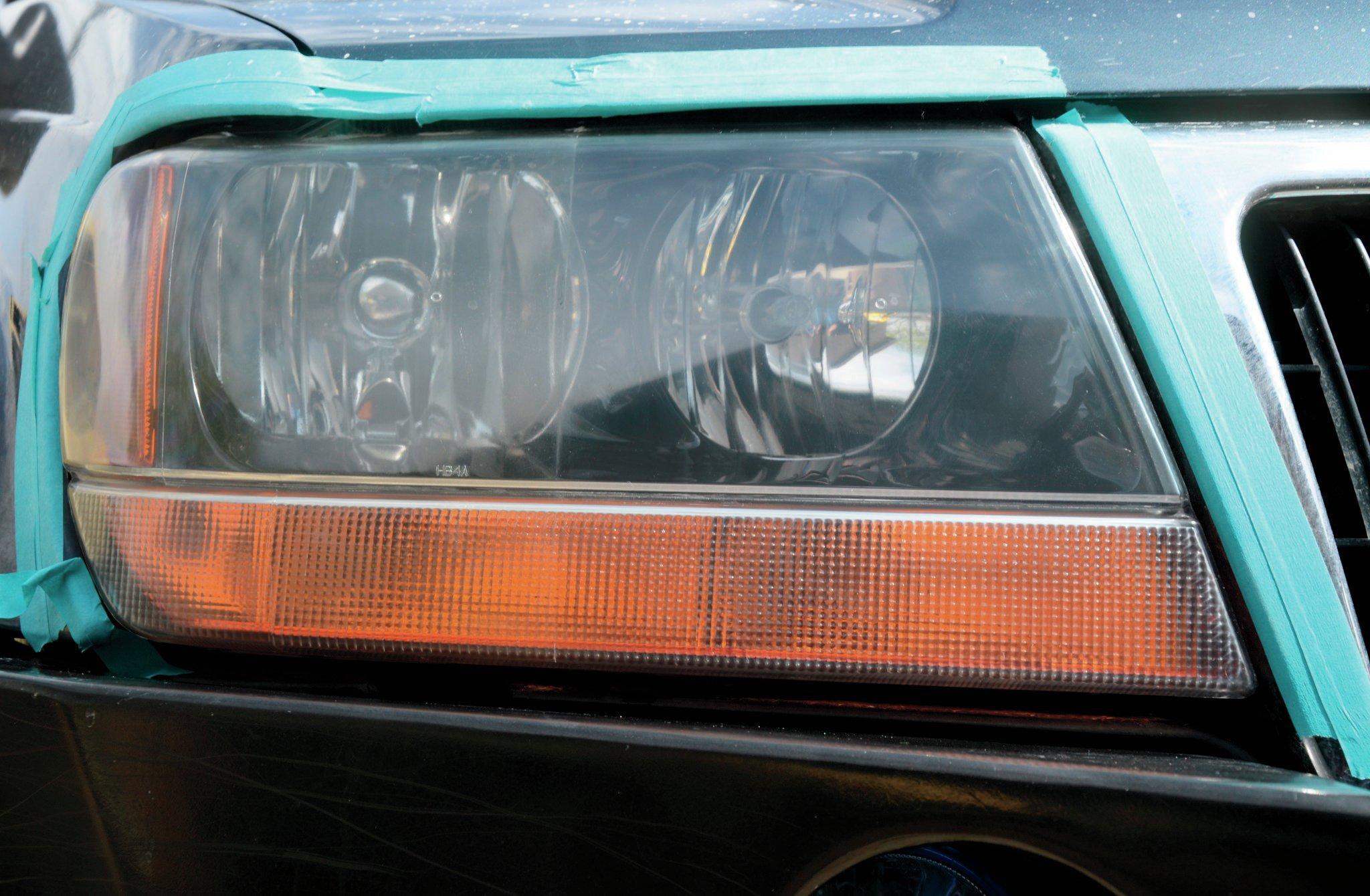 2001 Jeep Grand Cherokee WJ headlight 005