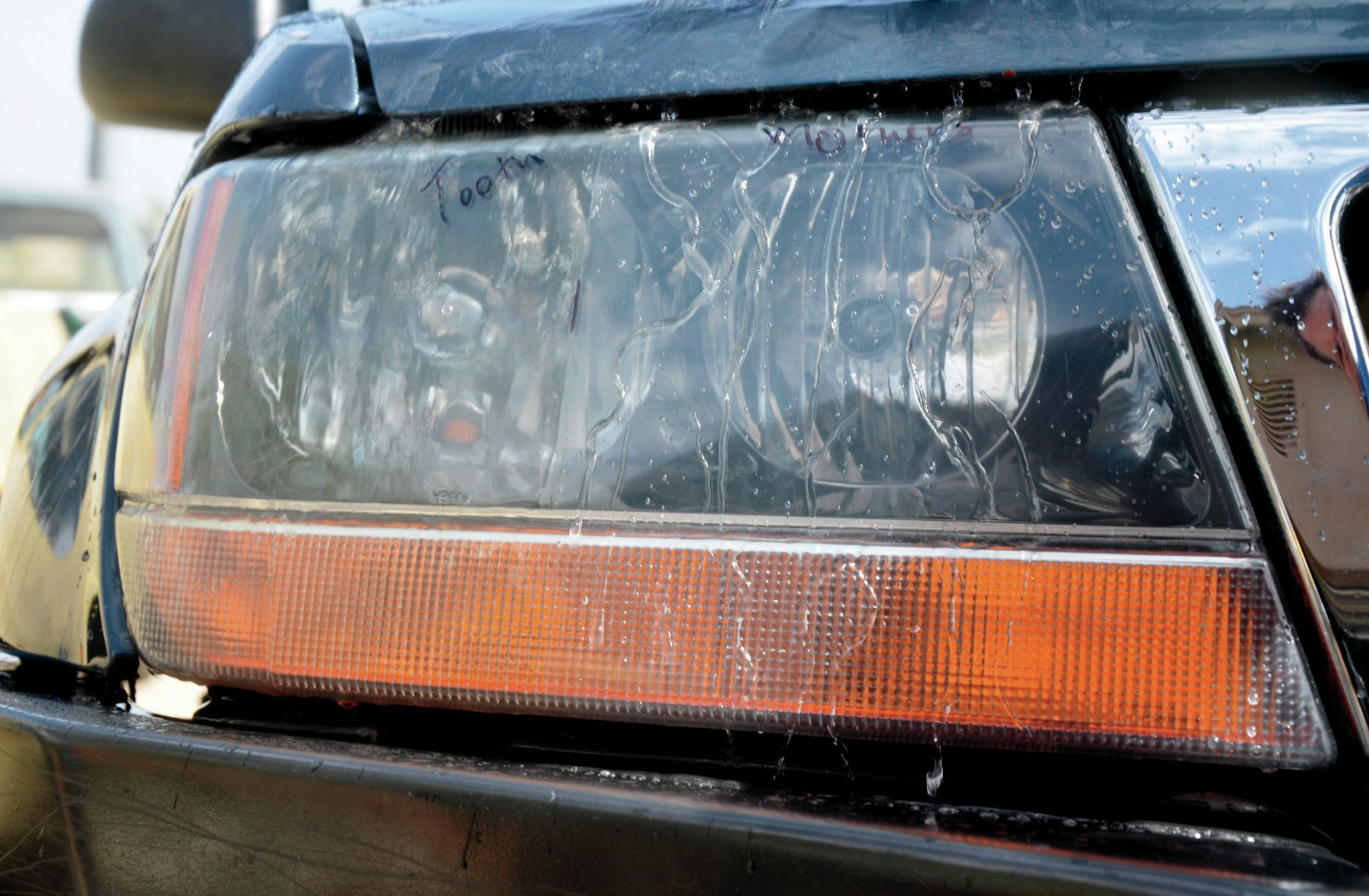 2001 Jeep Grand Cherokee WJ headlight 007