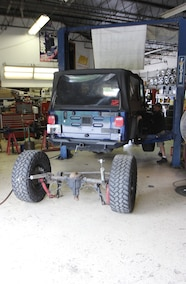 jeep tj with rear axle removed