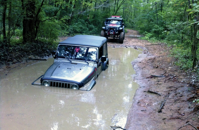 Jeep Wrangler & Toyota Pickup Stuck In The Drink - Whoops!
