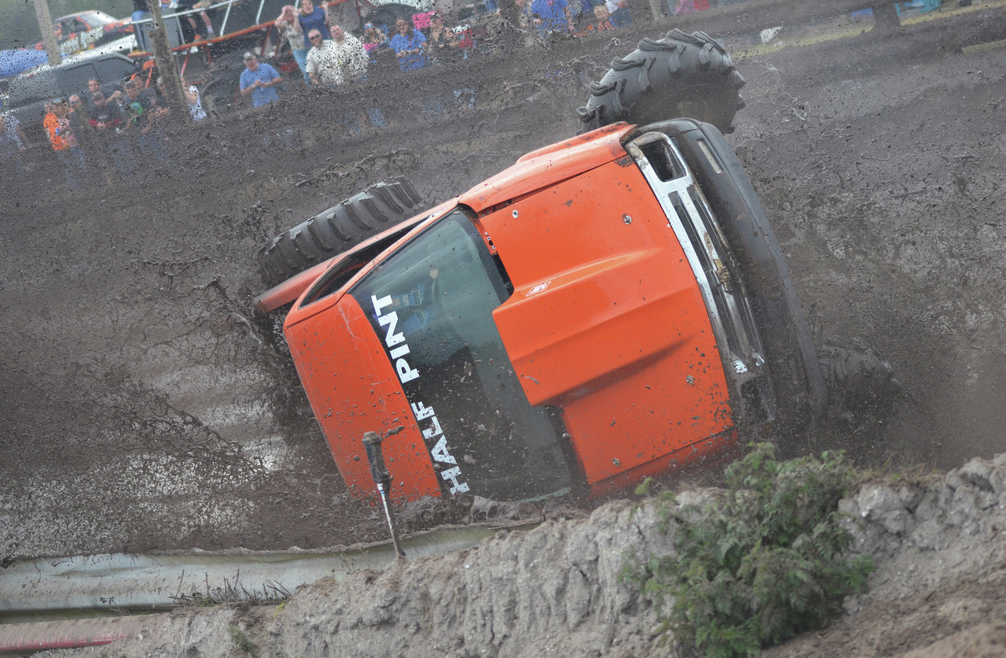 chevy s 10 mud truck roll over 1