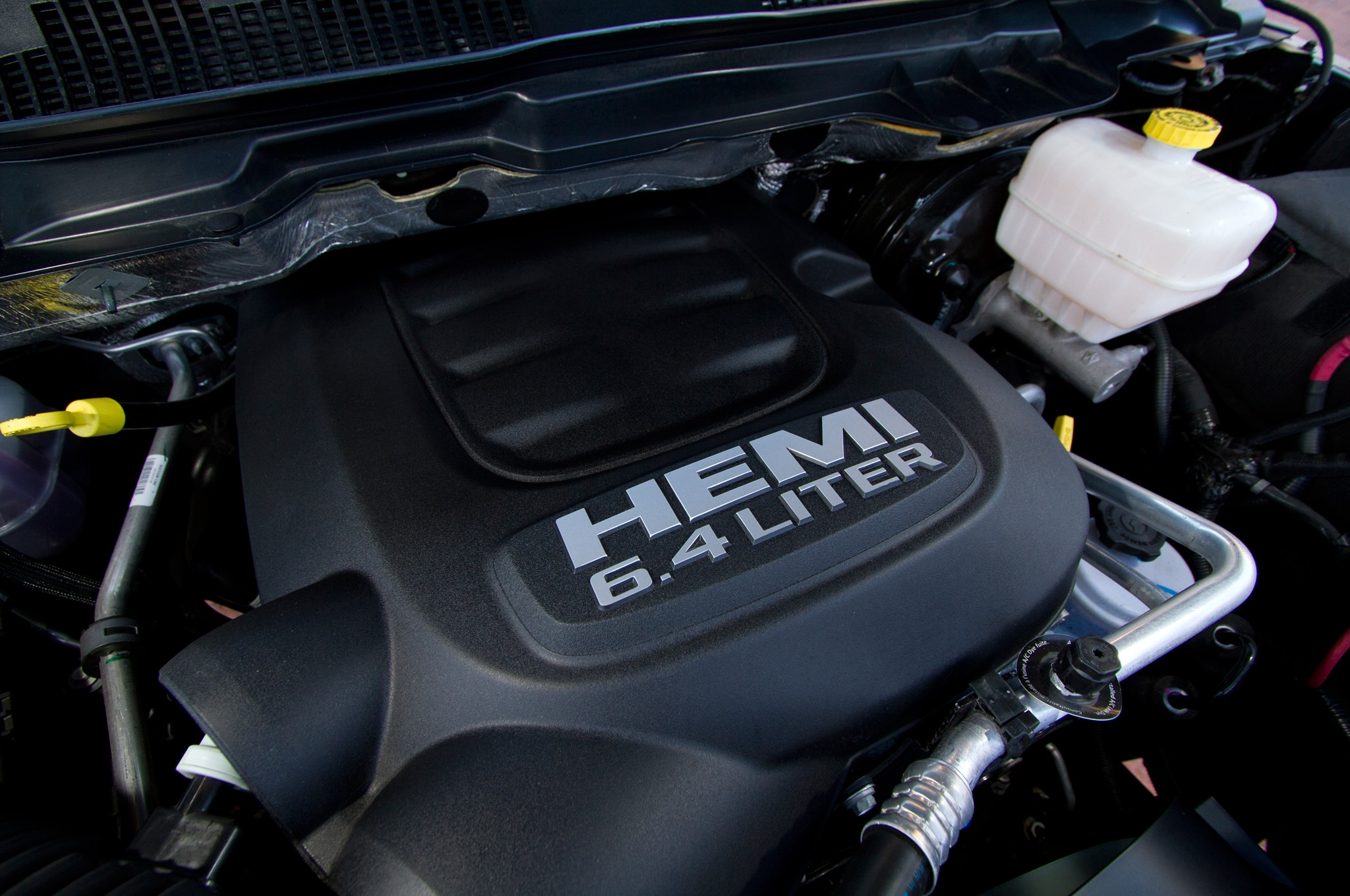 2014 Ram 2500 Power Wagon engine cover