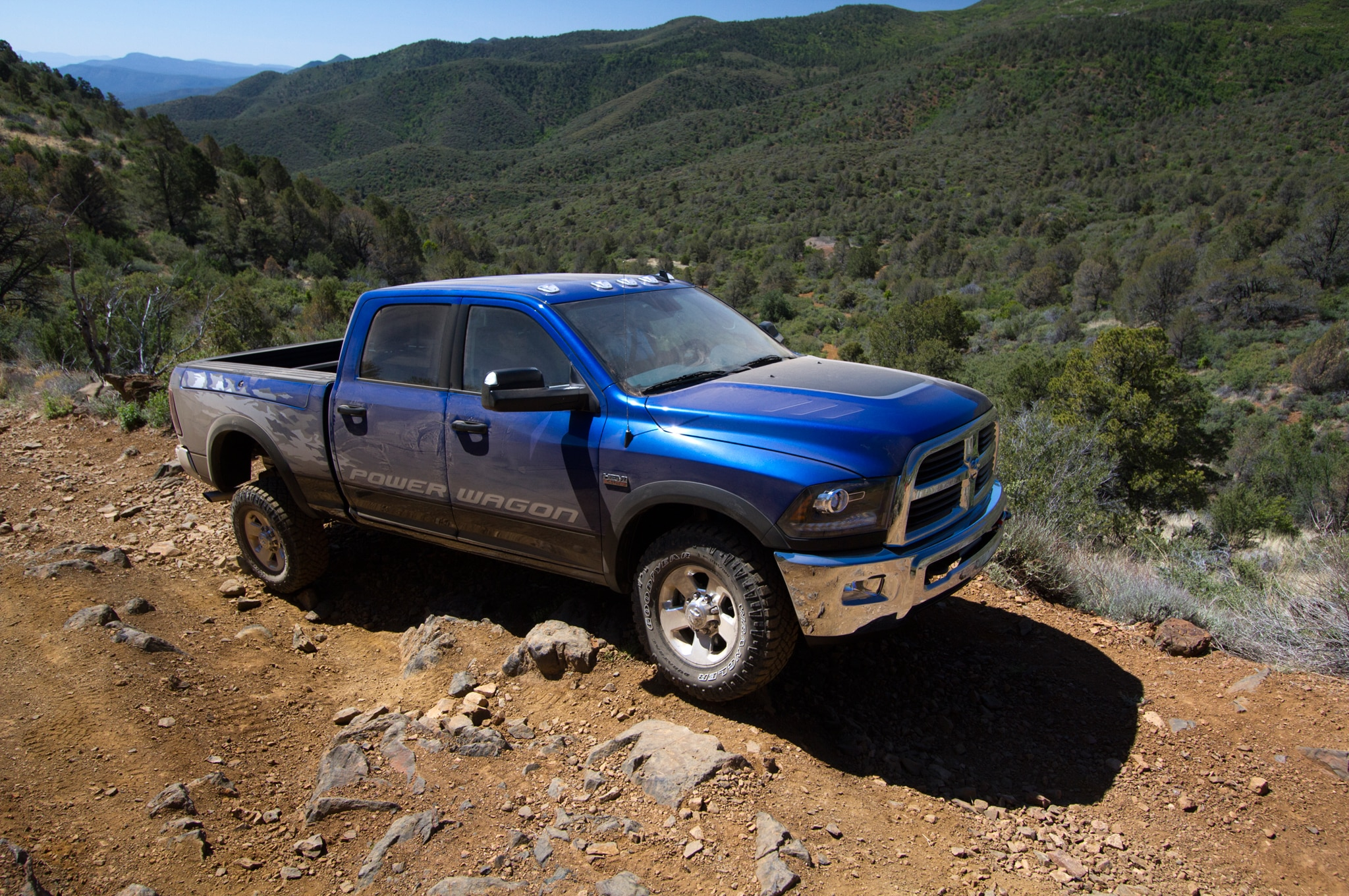 2014 Ram 2500 Power Wagon front three quarters