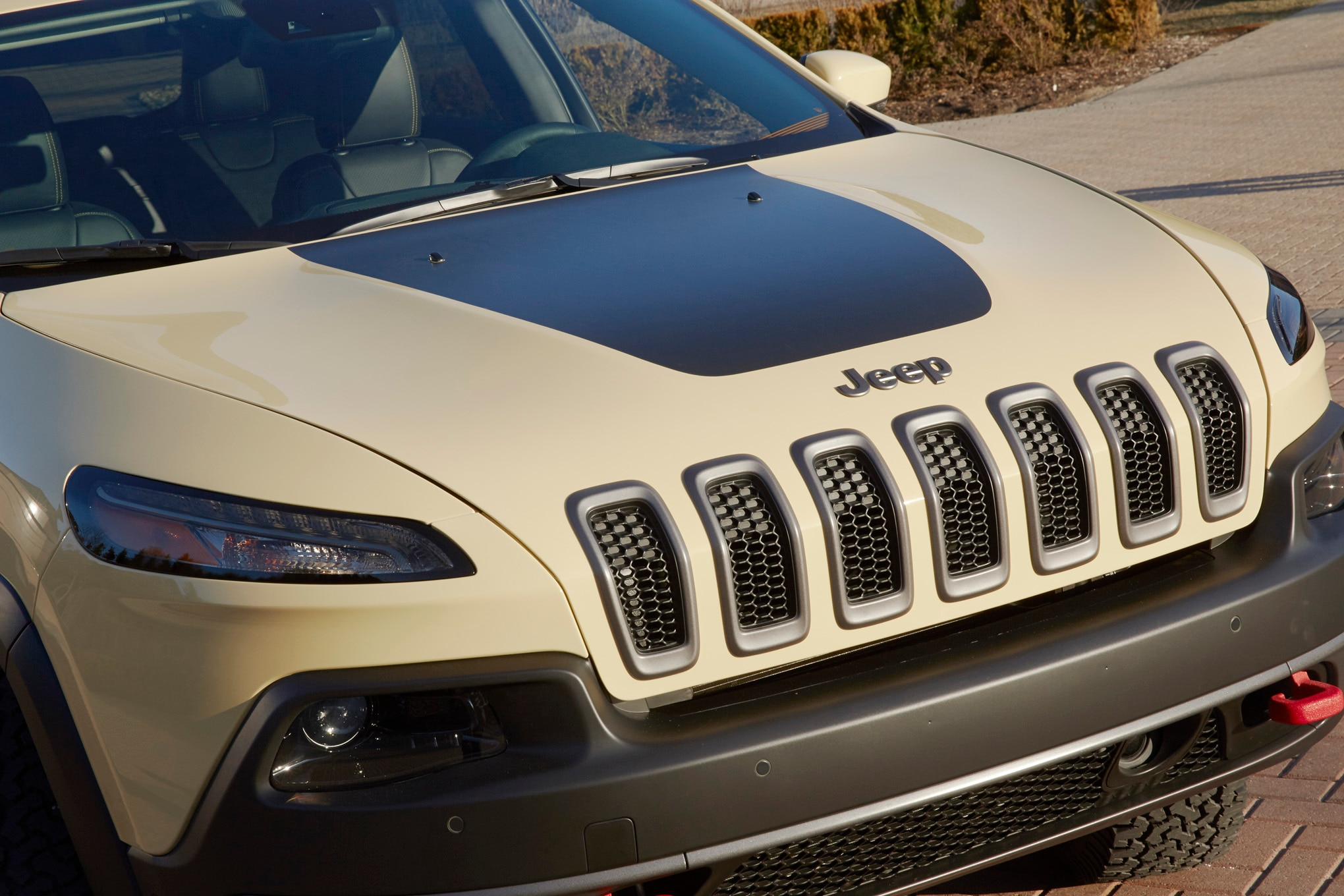 Jeep Cherokee Adventurer Concept front end