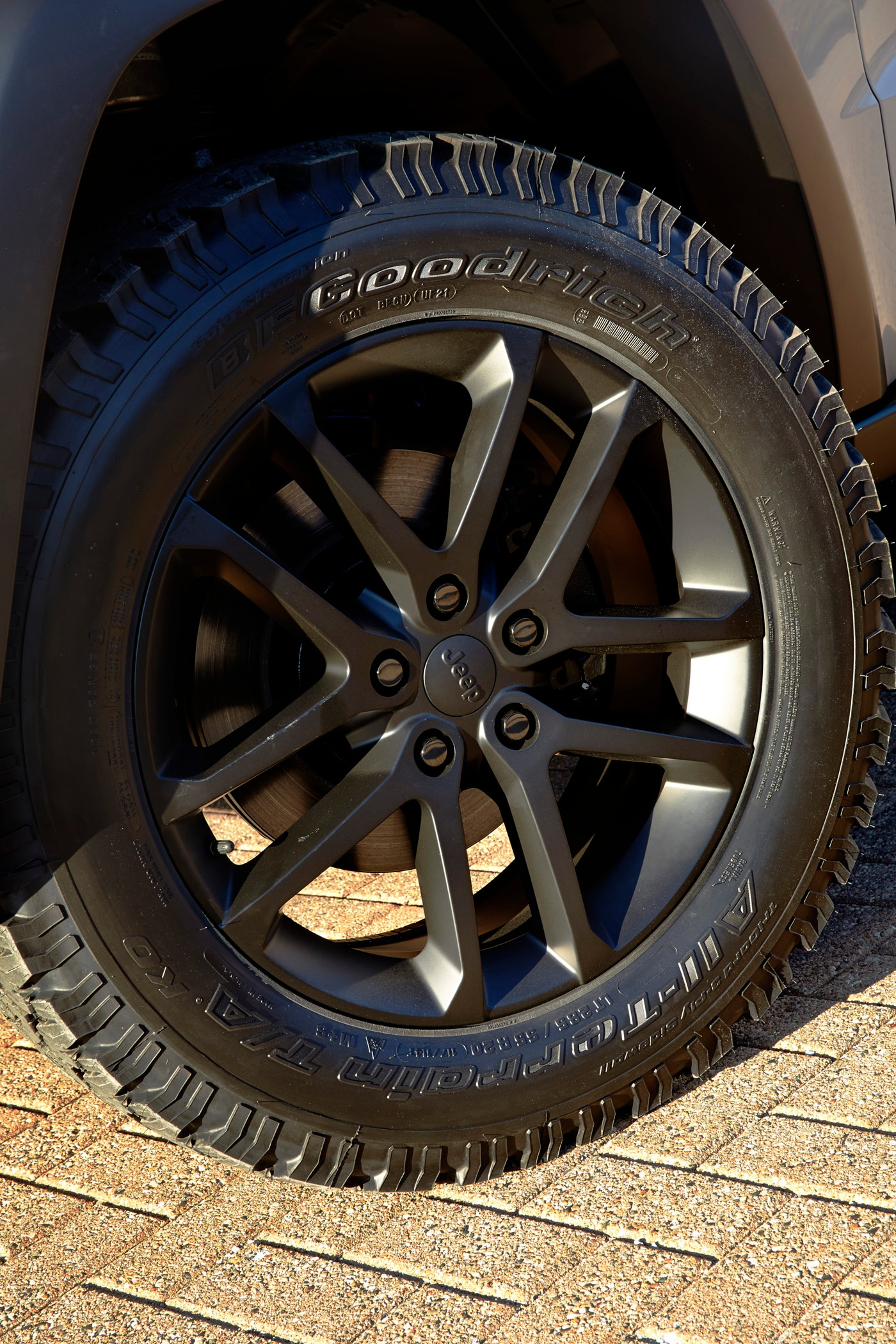 Jeep Grand Cherokee EcoDiesel Trail Warrior Concept wheels