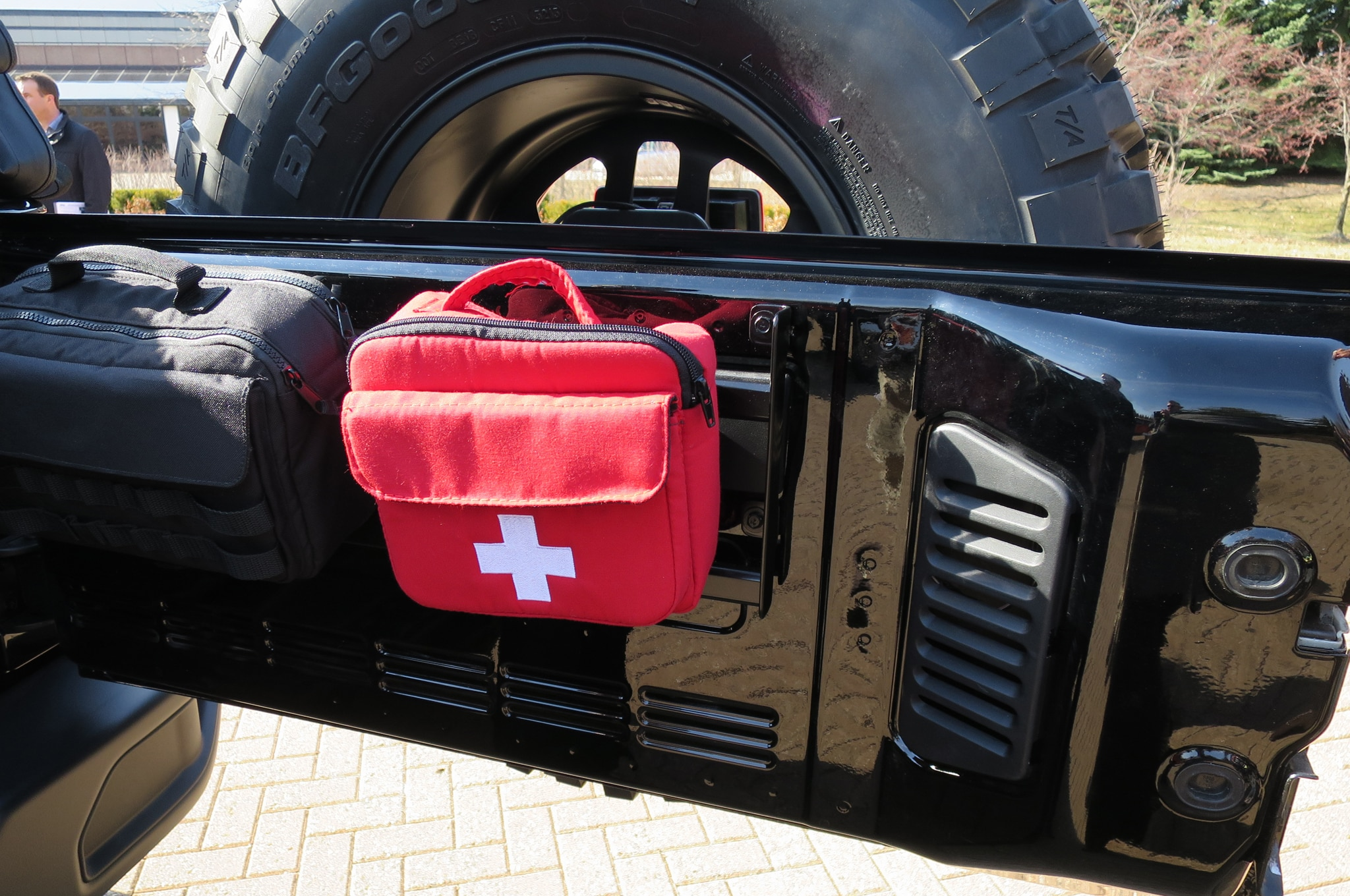 Jeep Wrangler Level Red Concept first aid kit