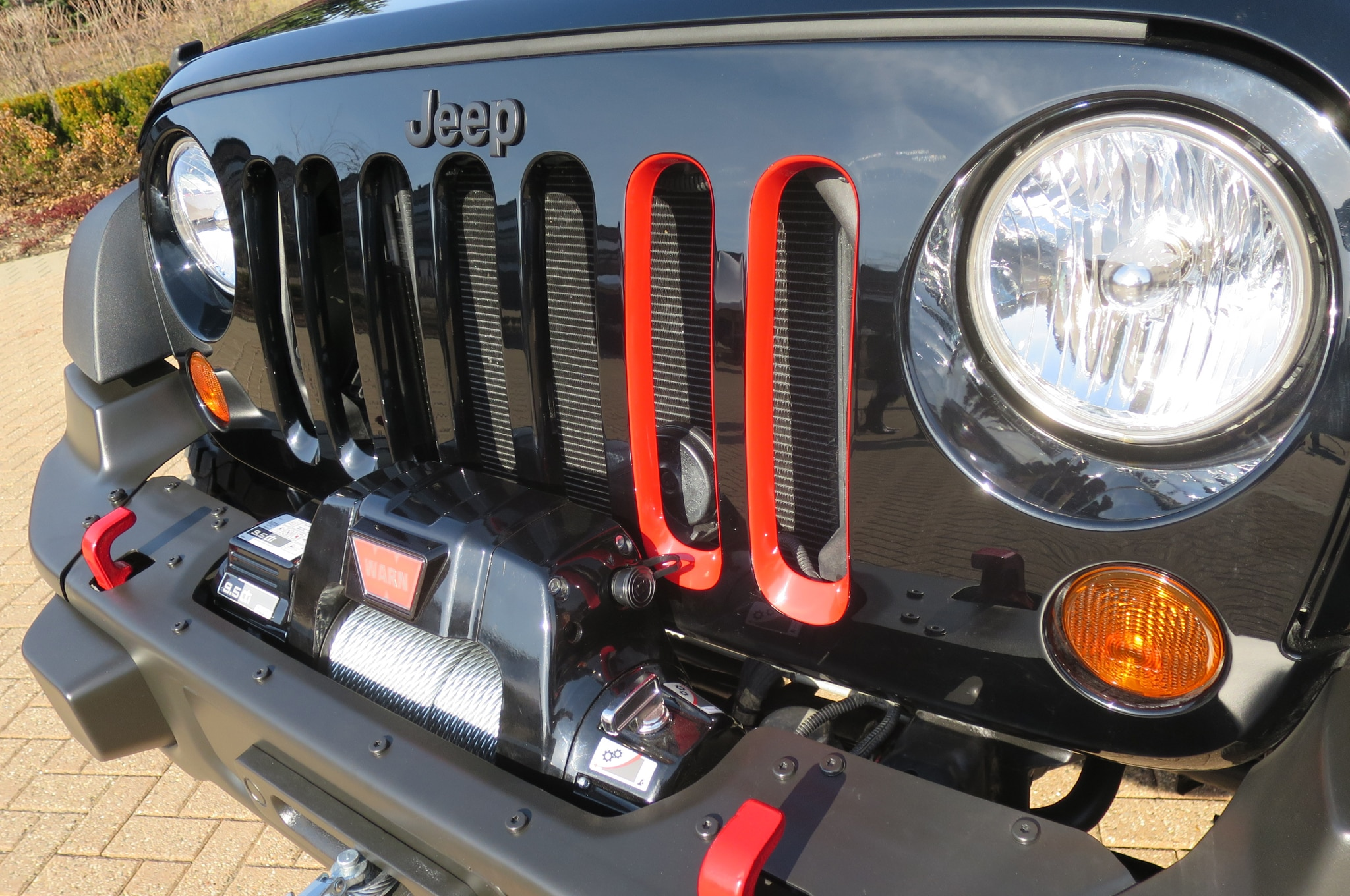Jeep Wrangler Level Red Concept front grille