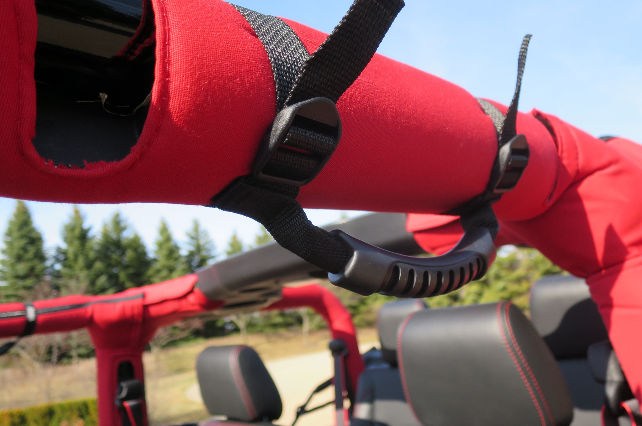 Jeep Wrangler Level Red Concept strap handles