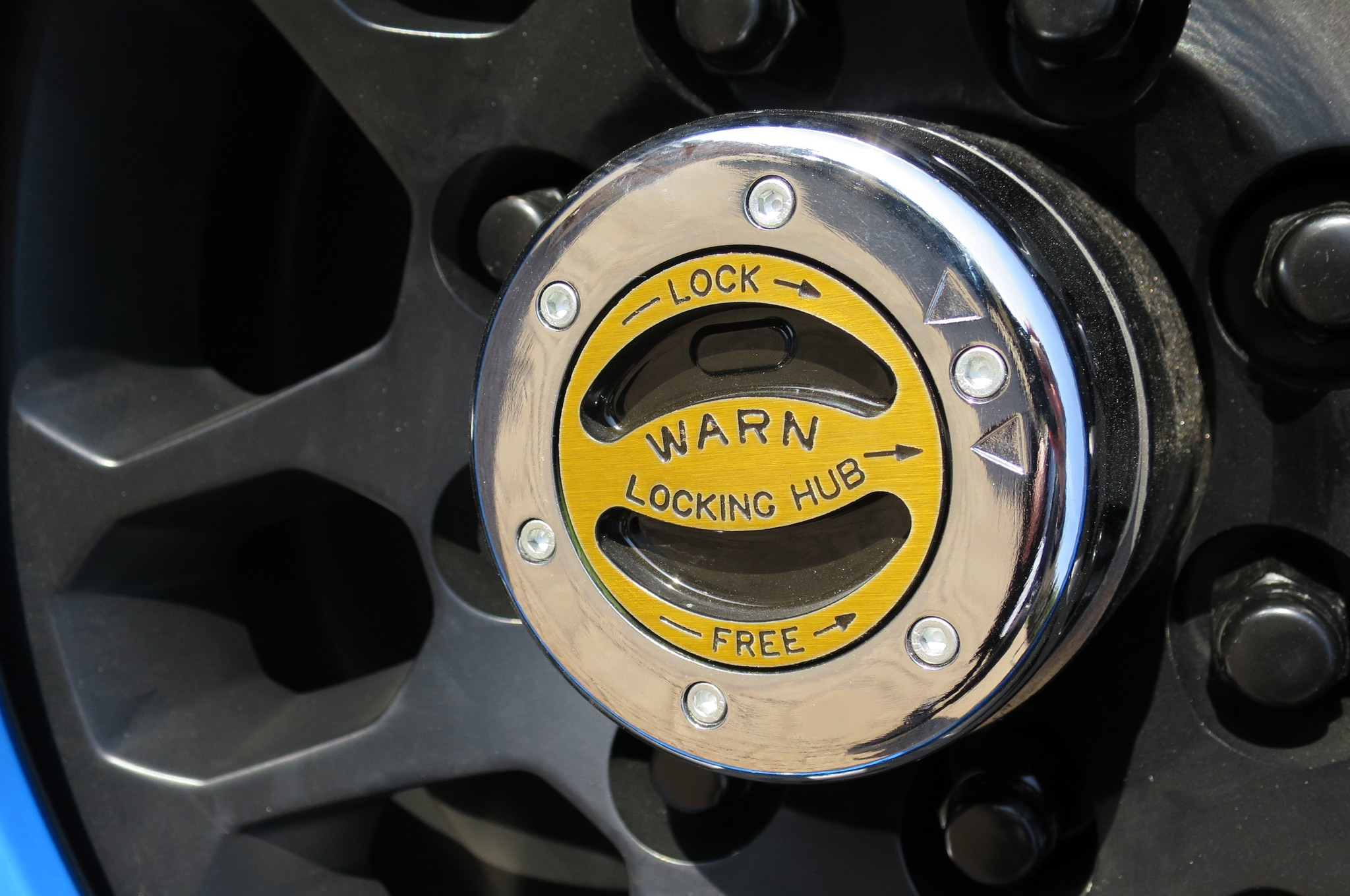 Jeep Wrangler Maximum Performance Concept hub lock