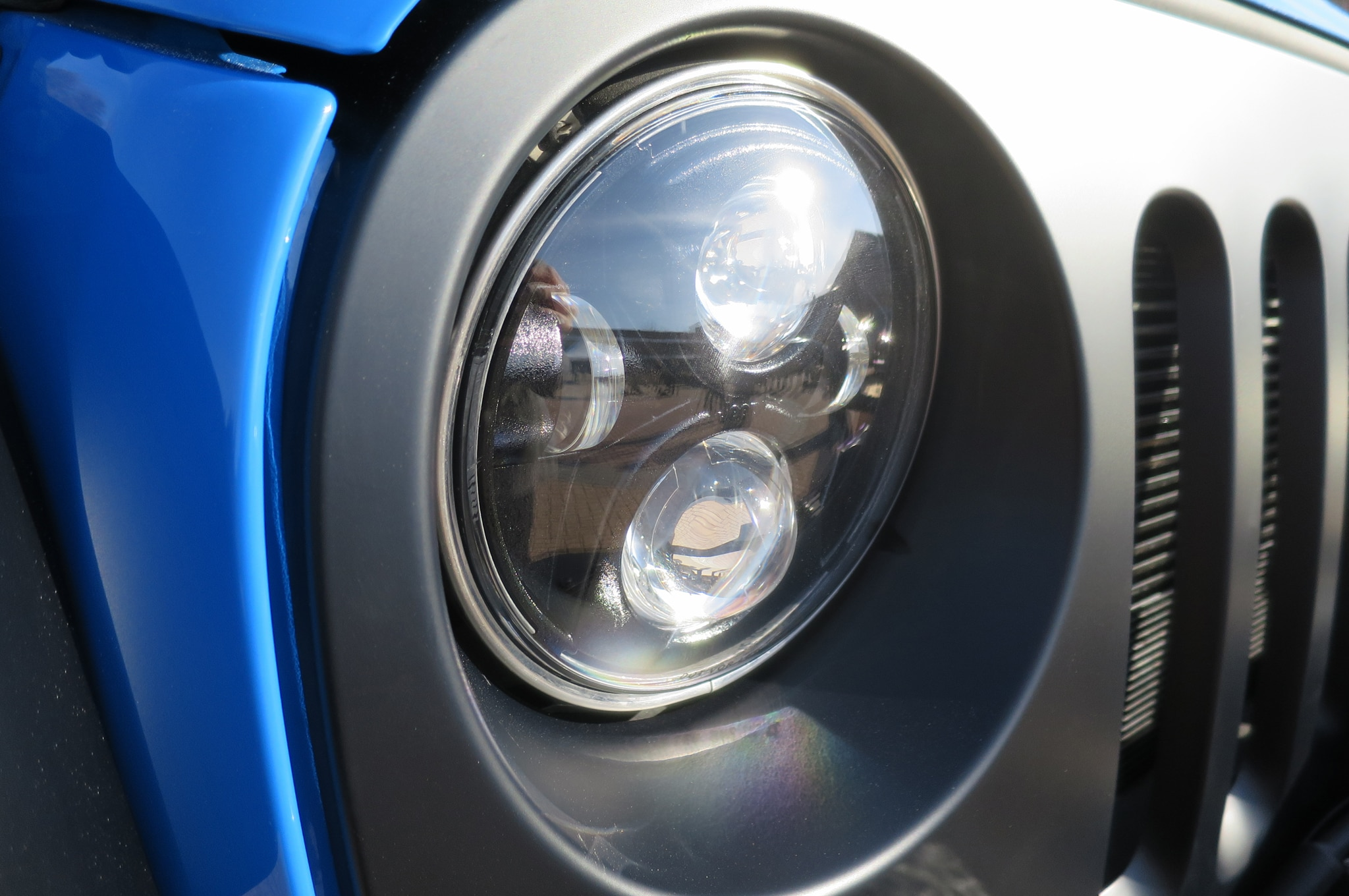 Jeep Wrangler Maximum Performance Concept headlight