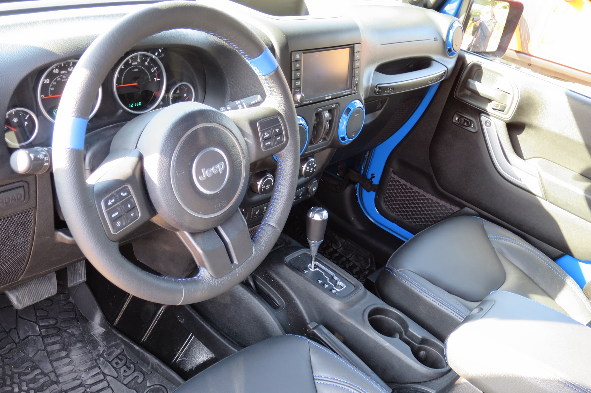 Jeep Wrangler Maximum Performance Concept interior