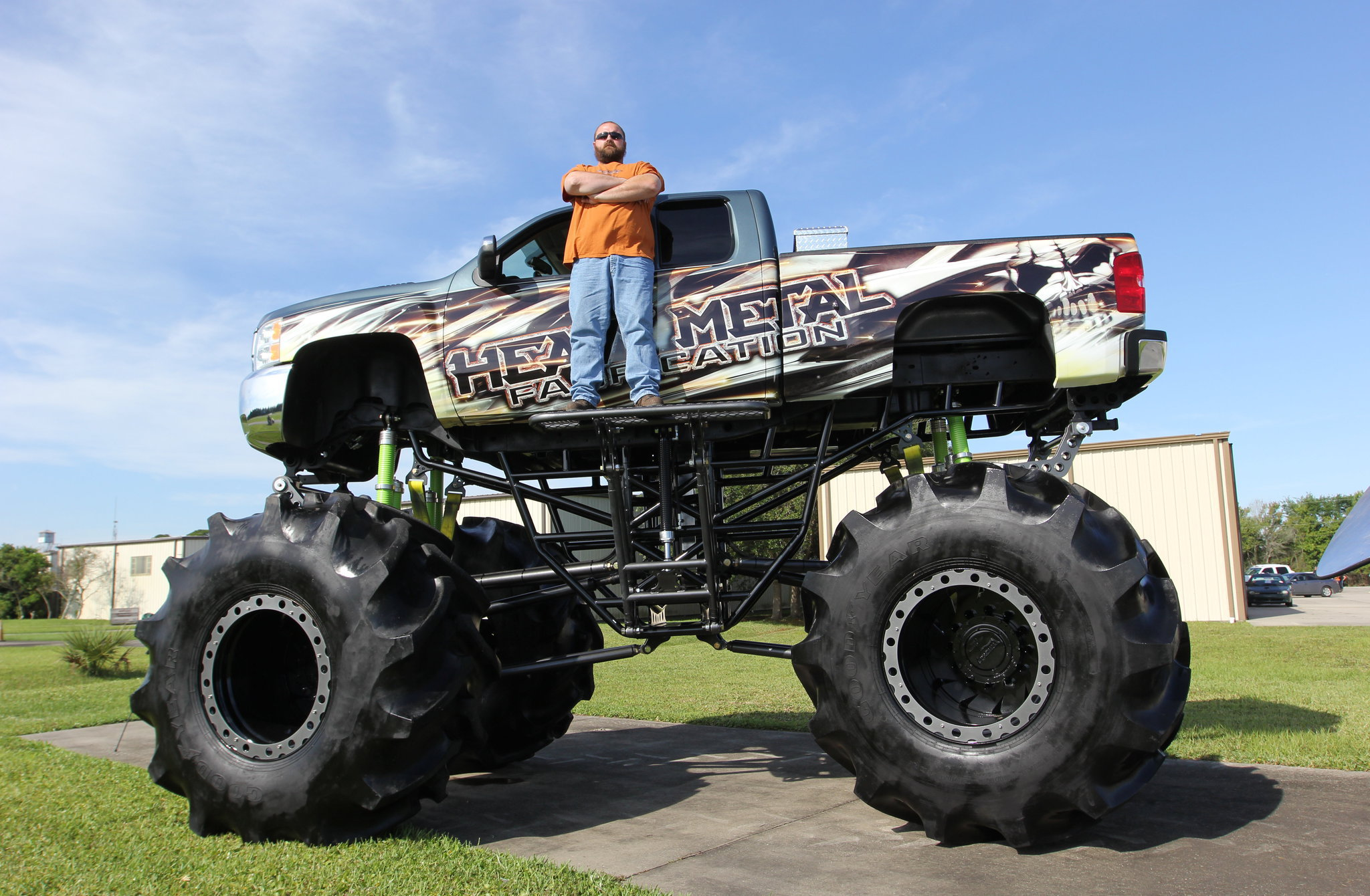 2008 chevy 2500 hd mud truck with owner