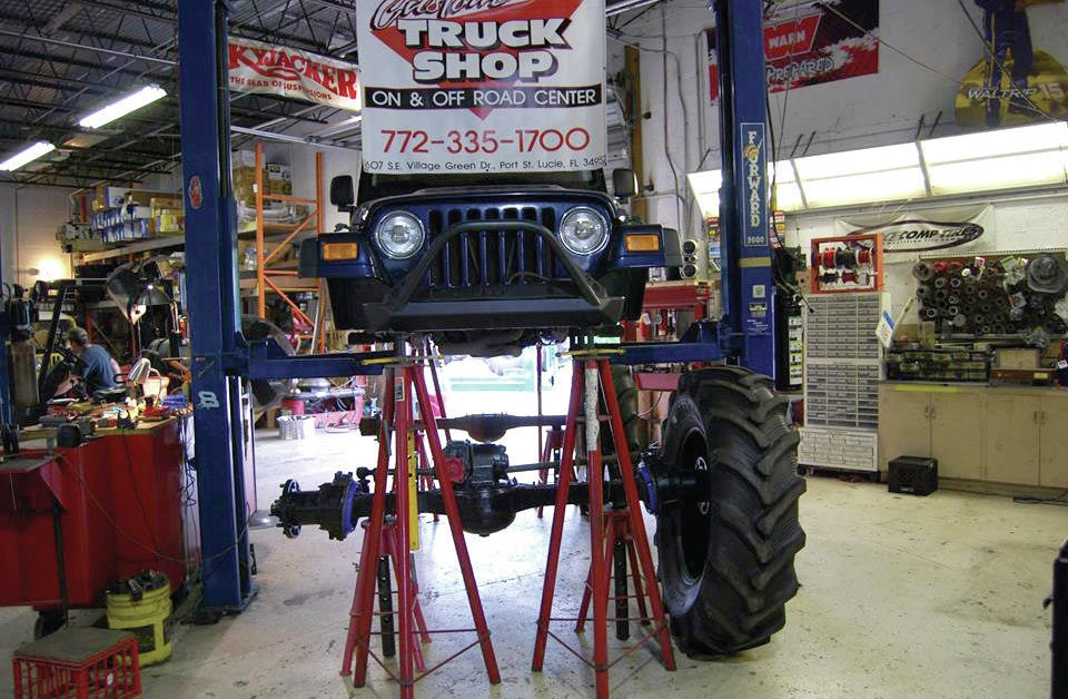 rockwell axle with tire mocked up