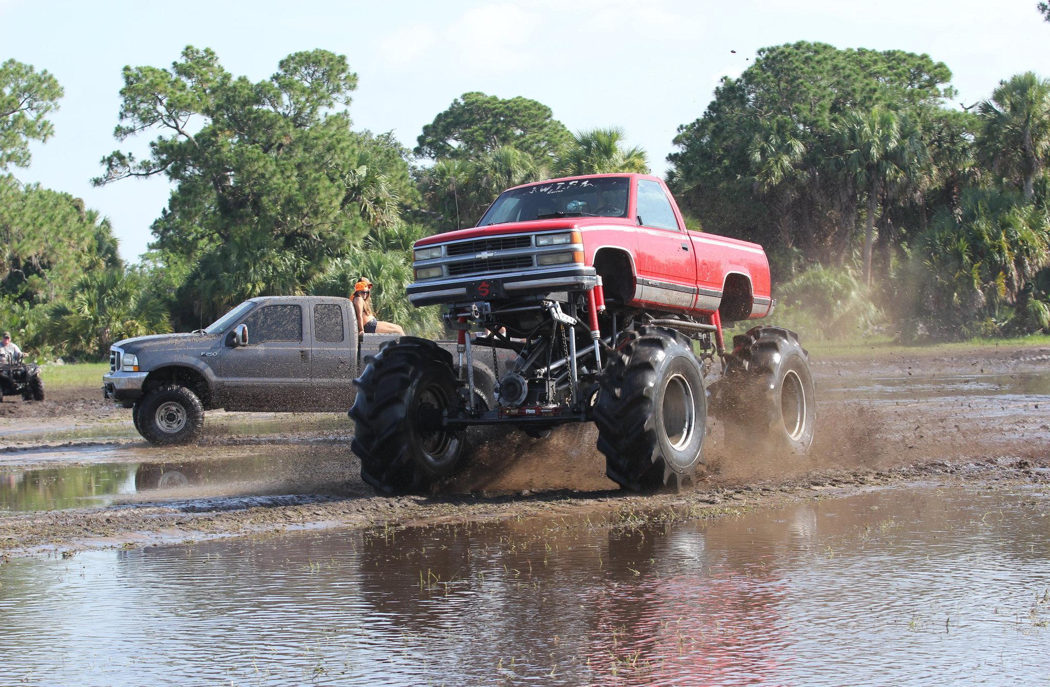 chevy silverado mud truck