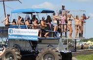 custom mud buggy and mud girls