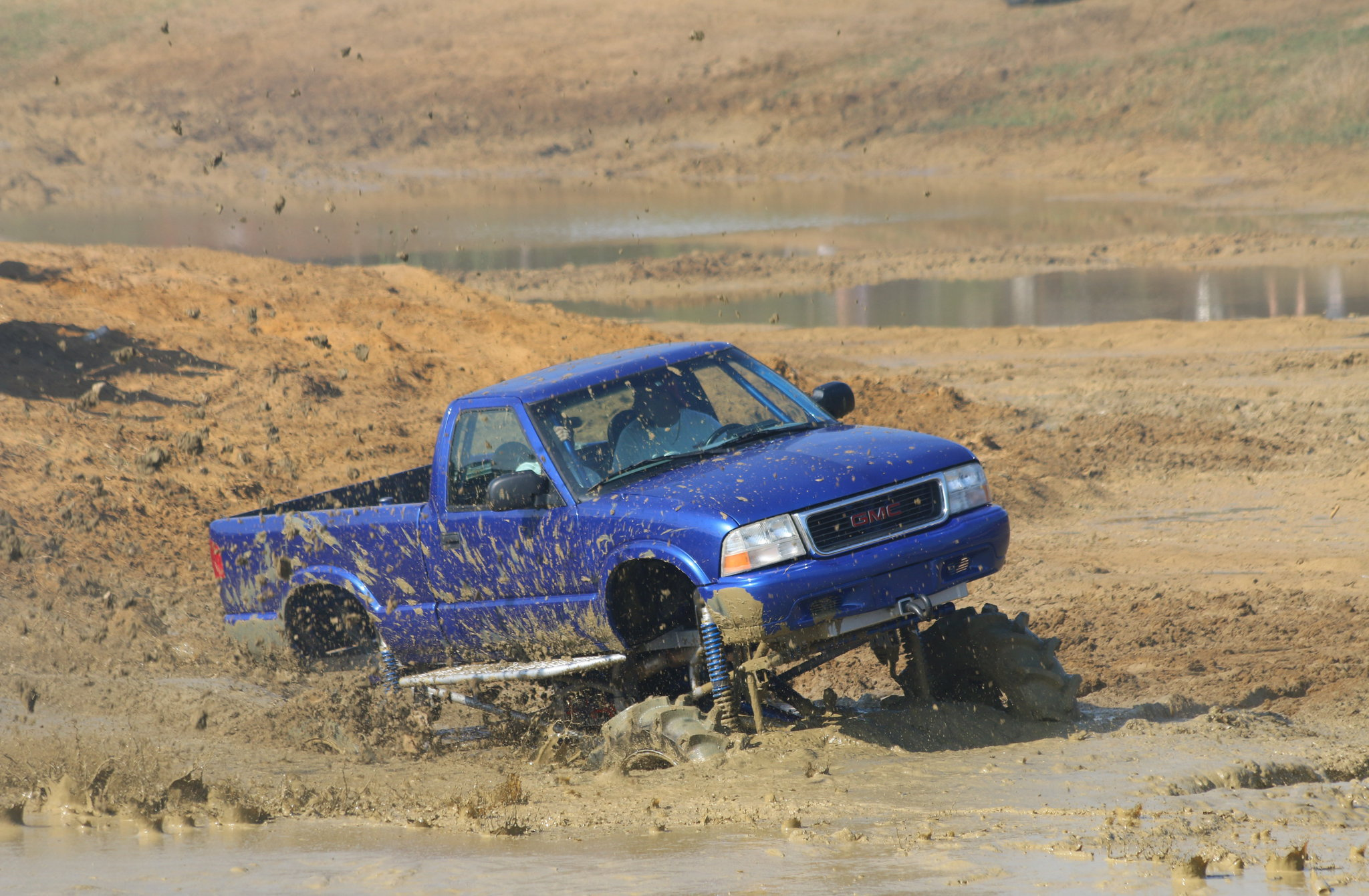 1998 chevy s10 mega truck in mud