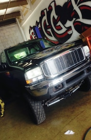 2000 ford super duty with stock front bumper