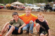 young mud racing fans