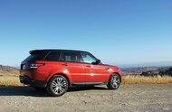 2014 Range Rover Sport rear three quarter