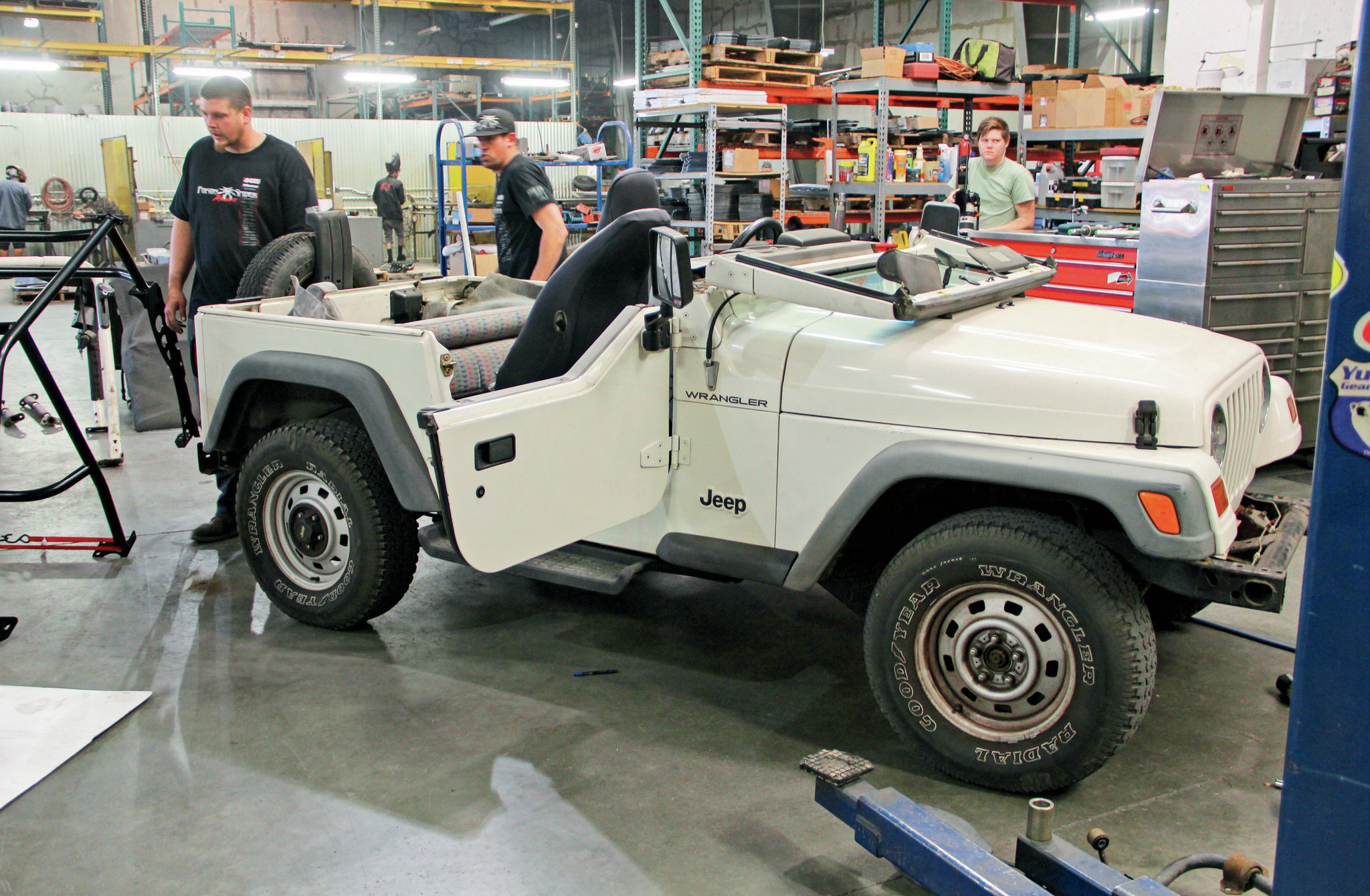 jeep with stock rollcage removed