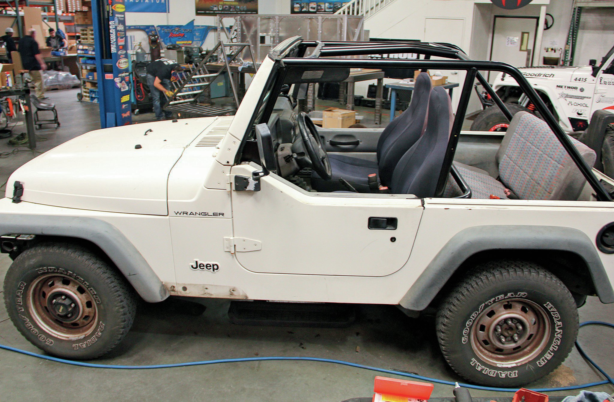 jeep with new rollcage installed