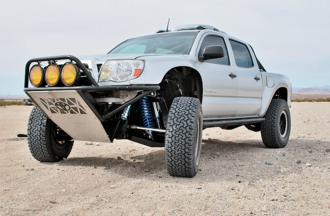 Solo Motorsports Four Wheel Drive Toyota Tacoma Long Travel Suspension