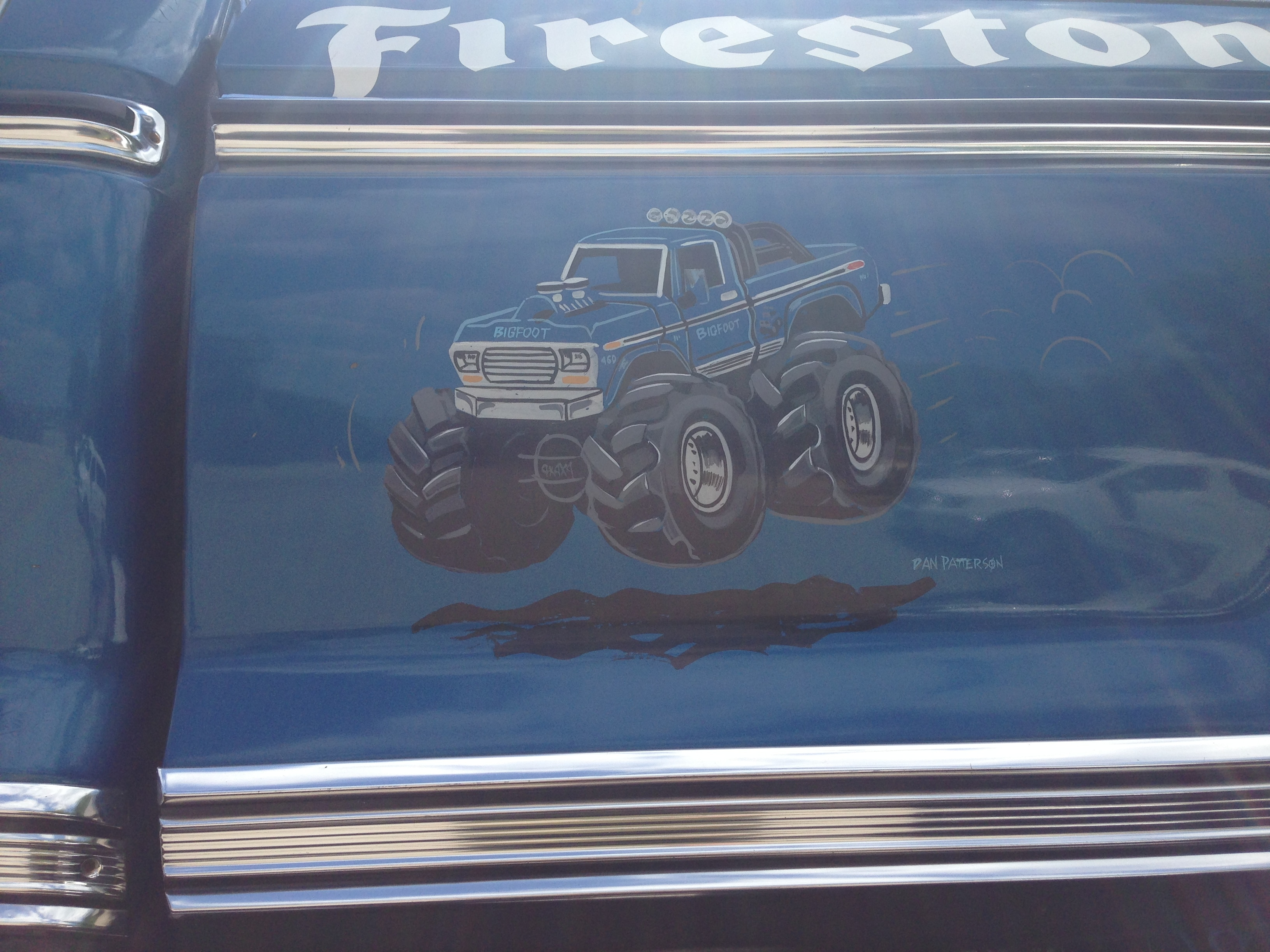 Ultimate Adventure 2014 Day 7 Road Day  30   Bigfoot Monster Truck door art.JPG