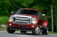 2015 Ford F 450 Super Duty Platinum front end