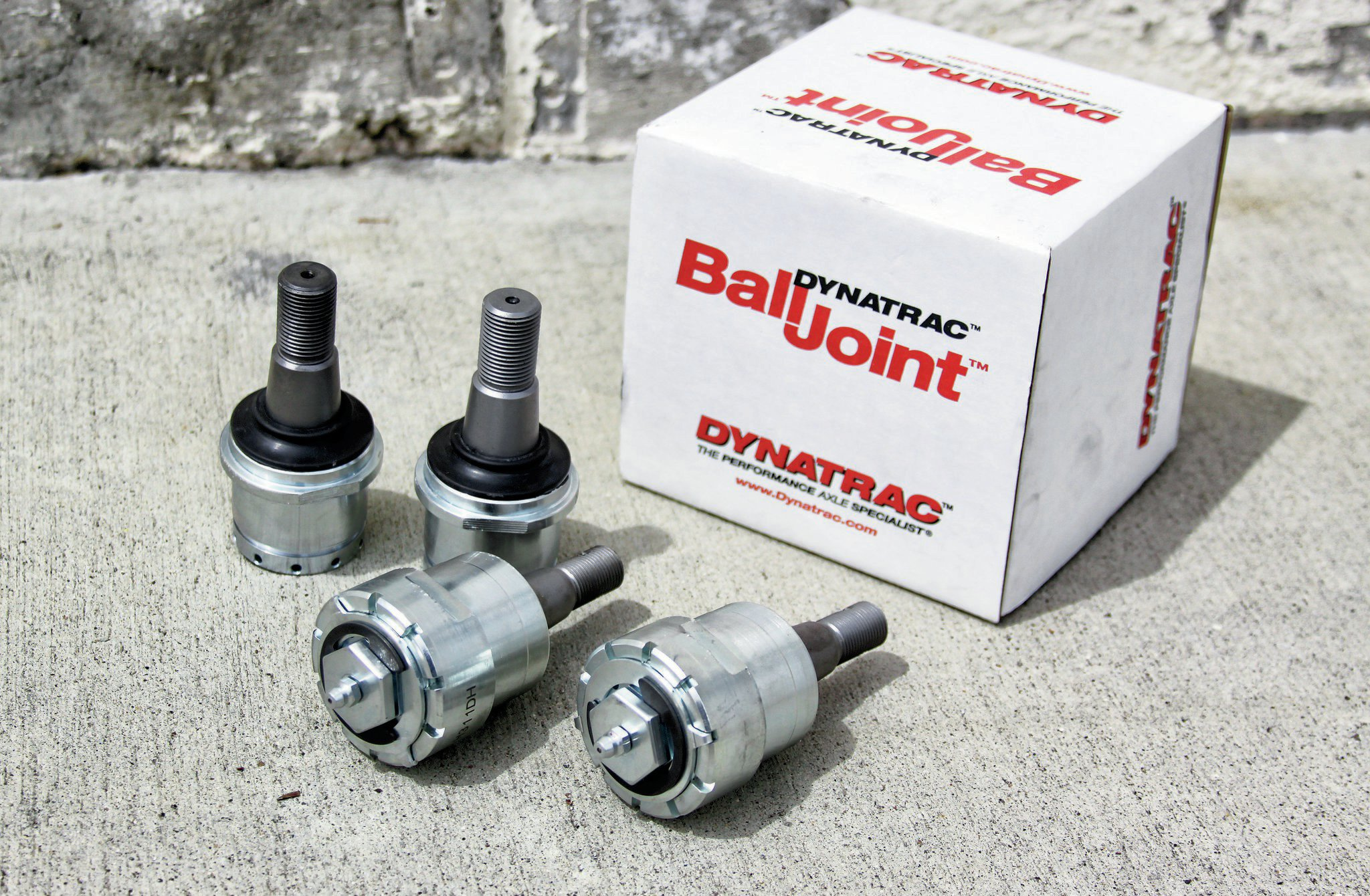Dynatrac Ball Joints are engineered to be stronger than OE ball joints, serviceable, and rebuildable. They're constructed from heat-treated, high-strength billet steel and feature strong heat-treated chromoly steel stems.