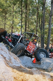 jesse haines rock crawling in 2007