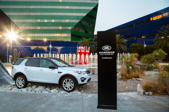 2015 Land Rover Discovery Sport Unveiled Before Los Angeles Auto Show