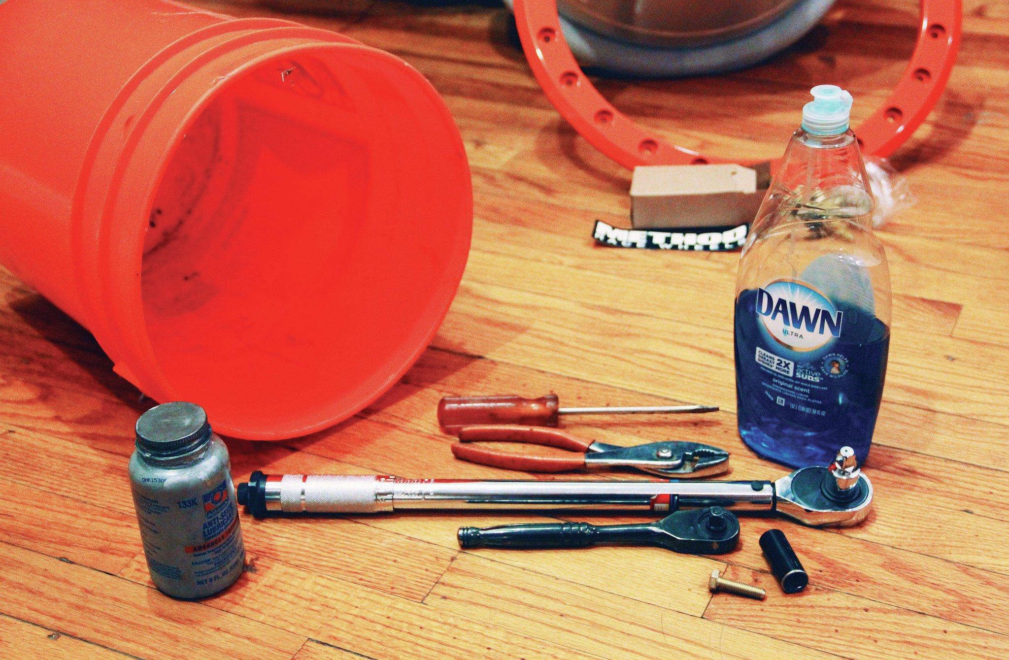 beadlock mounting tools
