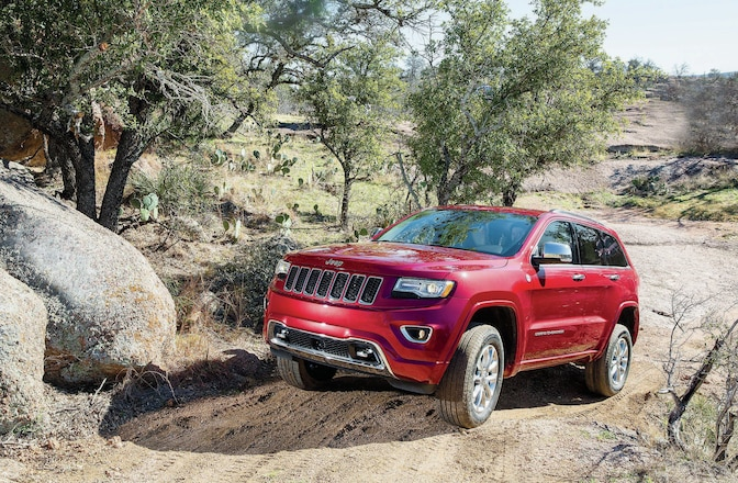 UPDATED: Jeep Grand Cherokee Trackhawk Given Green Light - Video