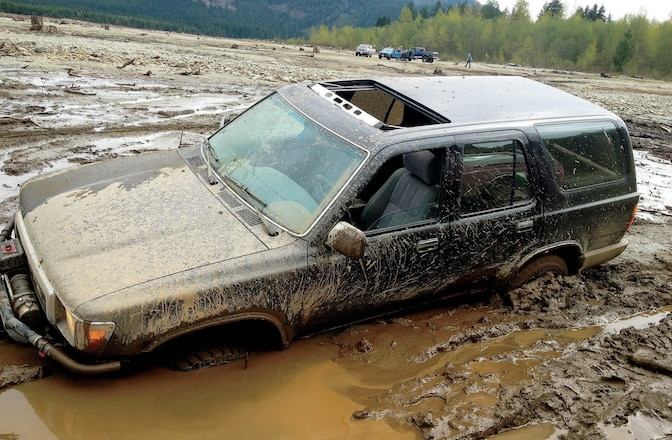 Toyota 4Runner & SUV Stuck in The Mud - Whoops!